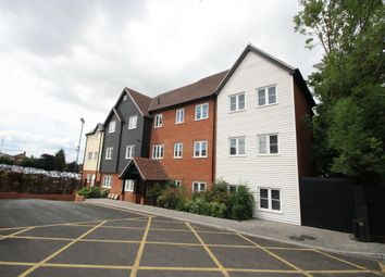 Thumbnail 2 bed flat to rent in Essex Way, Benfleet