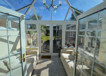 3 bed detached house for sale in Sundown Avenue, Dunstable LU5