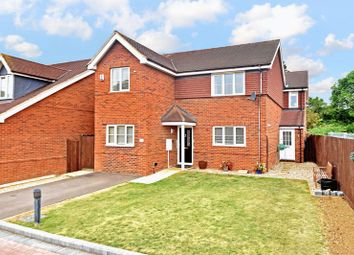 Thumbnail 5 bed detached house for sale in Woodfield Grove, Luton