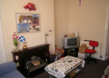 Thumbnail 1 bed flat to rent in Ramsay Road, Kirkcaldy, Fife