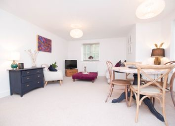 Thumbnail 2 bed flat for sale in Oakford Court, Henley-On-Thames