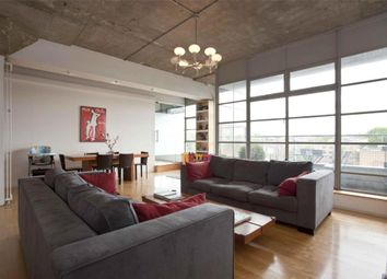 Thumbnail 2 bed flat for sale in Shepherdess Walk, Islington