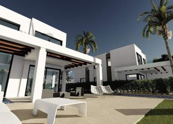 Thumbnail 5 bed villa for sale in Cabopino, Cabopino, Spain