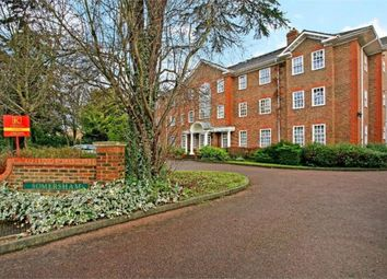Thumbnail 1 bedroom flat for sale in 26 Ray Park Avenue, Maidenhead, Berkshire