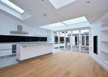 Thumbnail 4 bed property to rent in Southfield Road, Chiswick, London