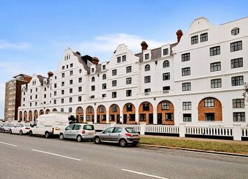 Thumbnail 3 bedroom flat to rent in Grand Avenue, Worthing