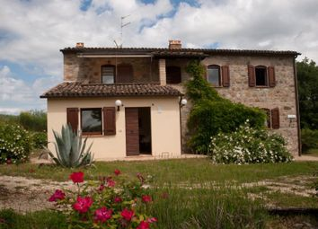 Thumbnail 5 bed villa for sale in Allerona, Allerona, Terni