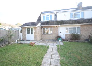 Thumbnail 6 bed detached house to rent in Kingfisher Drive, Woodley, Reading