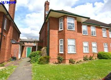 2 bed maisonette to rent in Belmont Close, Cockfosters EN4