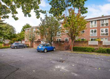 Thumbnail 2 bed flat to rent in Hayes Lane, Park Langley, Beckenham