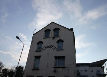 Thumbnail 2 bed flat to rent in Eaton Road, Margate