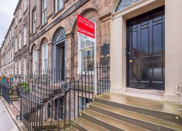 Thumbnail 2 bed flat to rent in York Place, City Centre