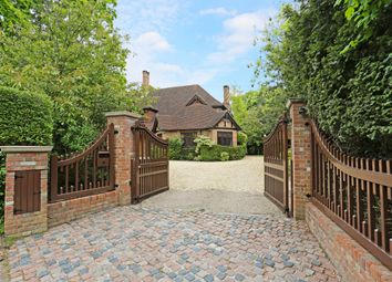 Thumbnail 6 bed detached house to rent in The Orchard, Green Lane, Stanmore