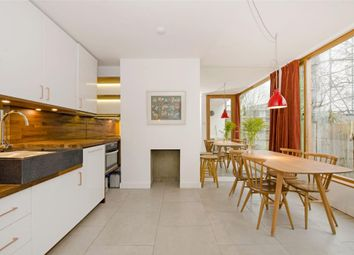 Thumbnail 4 bed flat to rent in Varden Street, London