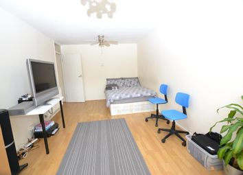 Thumbnail 3 bed flat to rent in Clovely Way, London