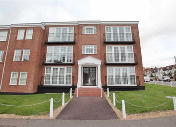 Thumbnail 2 bed flat to rent in Kings Road, Westcliff-On-Sea, Essex