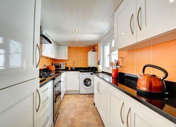 2 bed terraced house to rent in Kemp Street, Brighton BN1
