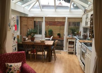 Thumbnail 1 bed flat to rent in Esmond Road, Chiswick, London
