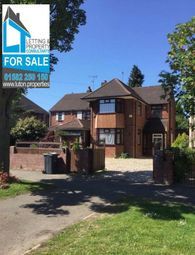 Thumbnail 3 bedroom detached house for sale in New Bedford Road, Luton, Bedfordshire