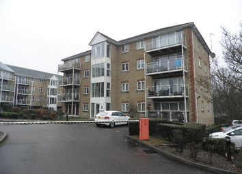 Thumbnail 2 bedroom flat for sale in Foxglove Way, Luton