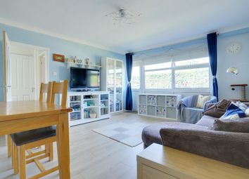 Thumbnail 2 bed flat for sale in Hadleigh Court, Broxbourne