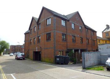 Thumbnail 1 bedroom flat to rent in Minnitt Road, Gosport