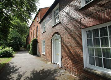 2 bed maisonette to rent in The Walks North, Huntingdon PE29