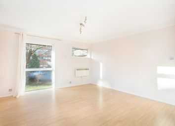 Thumbnail 2 bed flat to rent in Alma Road, Windsor