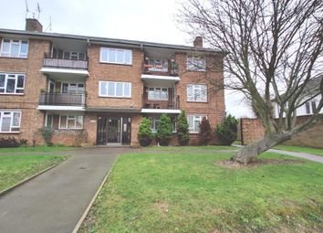 Thumbnail 2 bed flat for sale in Avon Road, Chelmsford