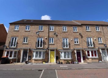 4 bed town house for sale in Kingfisher Drive, Leighton Buzzard LU7