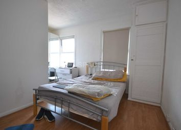 Thumbnail Room to rent in Bedford Road, Reading Town