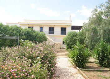 Thumbnail 5 bed villa for sale in Portugal, Algarve, Estói