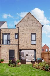 Thumbnail 4 bed link-detached house for sale in Prime Place, College Road, Cheshunt, Hertfordshire