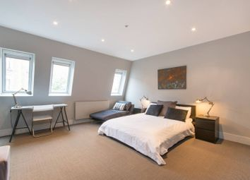 Thumbnail 5 bed property to rent in Kingwood Road, Munster Village, London