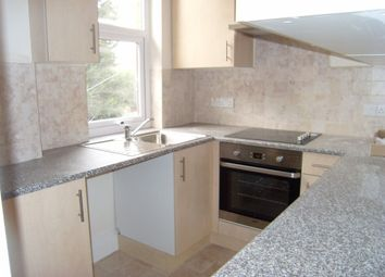 Thumbnail 2 bed flat to rent in Alexandra Road, Farnborough