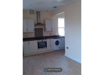 2 bed flat to rent in Brook Road, Bath BA2