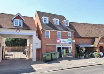 Thumbnail 2 bed flat to rent in Reading Road, Pangbourne, Reading