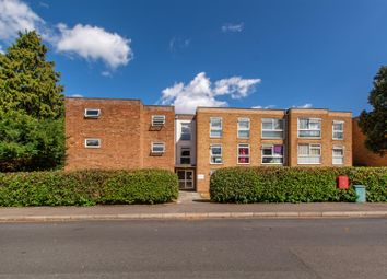 2 bed flat for sale in Worcester Road, Sutton SM2