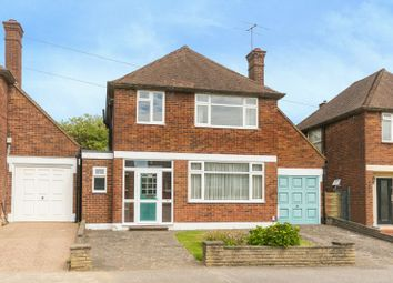 Thumbnail 3 bed detached house for sale in Valley Walk, Croxley Green, Rickmansworth, Hertfordshire