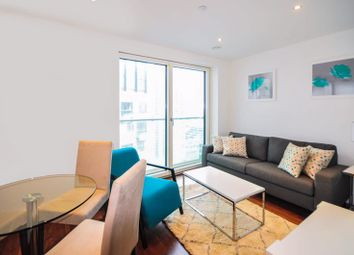 Thumbnail 1 bed flat for sale in Lincoln Plaza, London