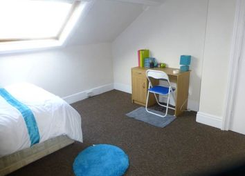 Thumbnail Room to rent in Mannville Terrace, Bradford