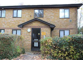 Thumbnail 1 bed flat to rent in Meresborough Road, Rainham, Gillingham