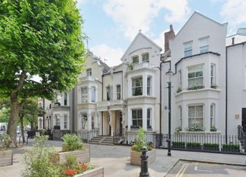 Thumbnail 2 bed maisonette for sale in Cremorne Road, London