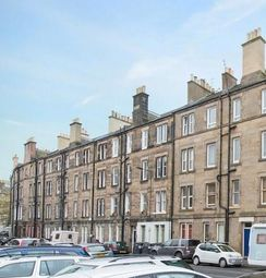 Thumbnail 1 bed flat to rent in Waverley Park, Abbeyhill, Edinburgh EH8,