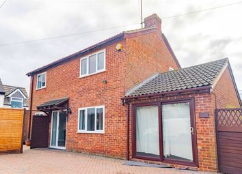 Thumbnail 3 bed detached house for sale in Compton Avenue, Luton, Bedfordshire