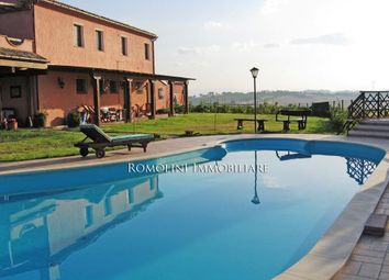 Thumbnail 5 bed country house for sale in Osimo, Marche, Italy
