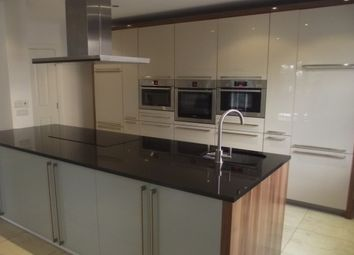 Thumbnail 3 bed flat to rent in Ibbotsons Lane, Liverpool