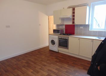 Thumbnail 2 bed flat to rent in Halliwell, Bolton