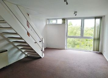 2 bed maisonette to rent in Plas-Y-Coed, Lake Road East, Lakeside, Cardiff CF23