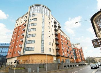 Thumbnail 2 bed flat for sale in Q2, Watlington Street, Reading